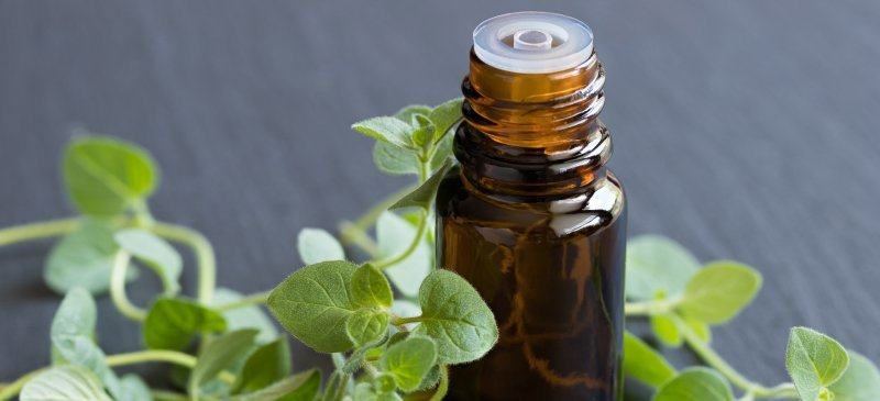 oregano essential oil for bleeding gums